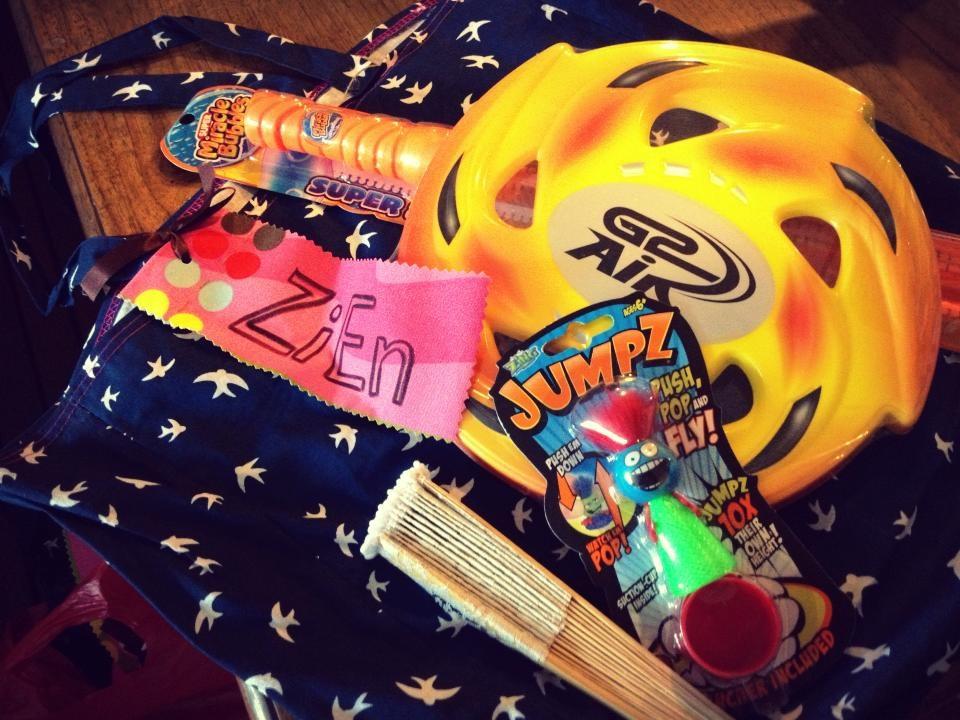 Deco-Isaac's Birthday giveaways_02.jpg