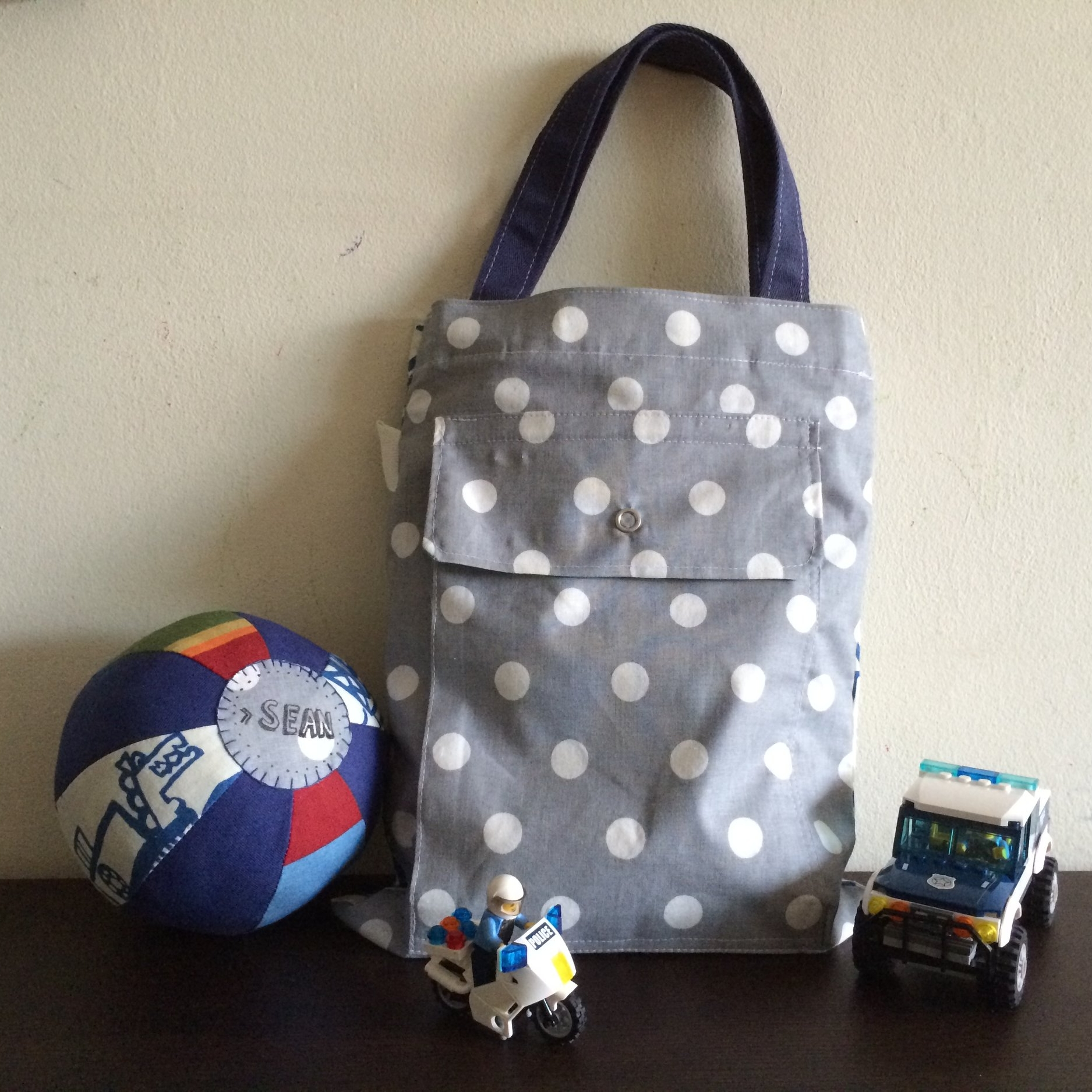 Drawstring Sling Bag + Ball -