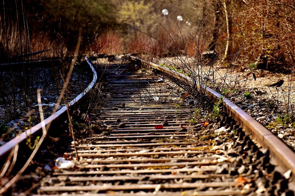 rails-3371495_960_720.jpg