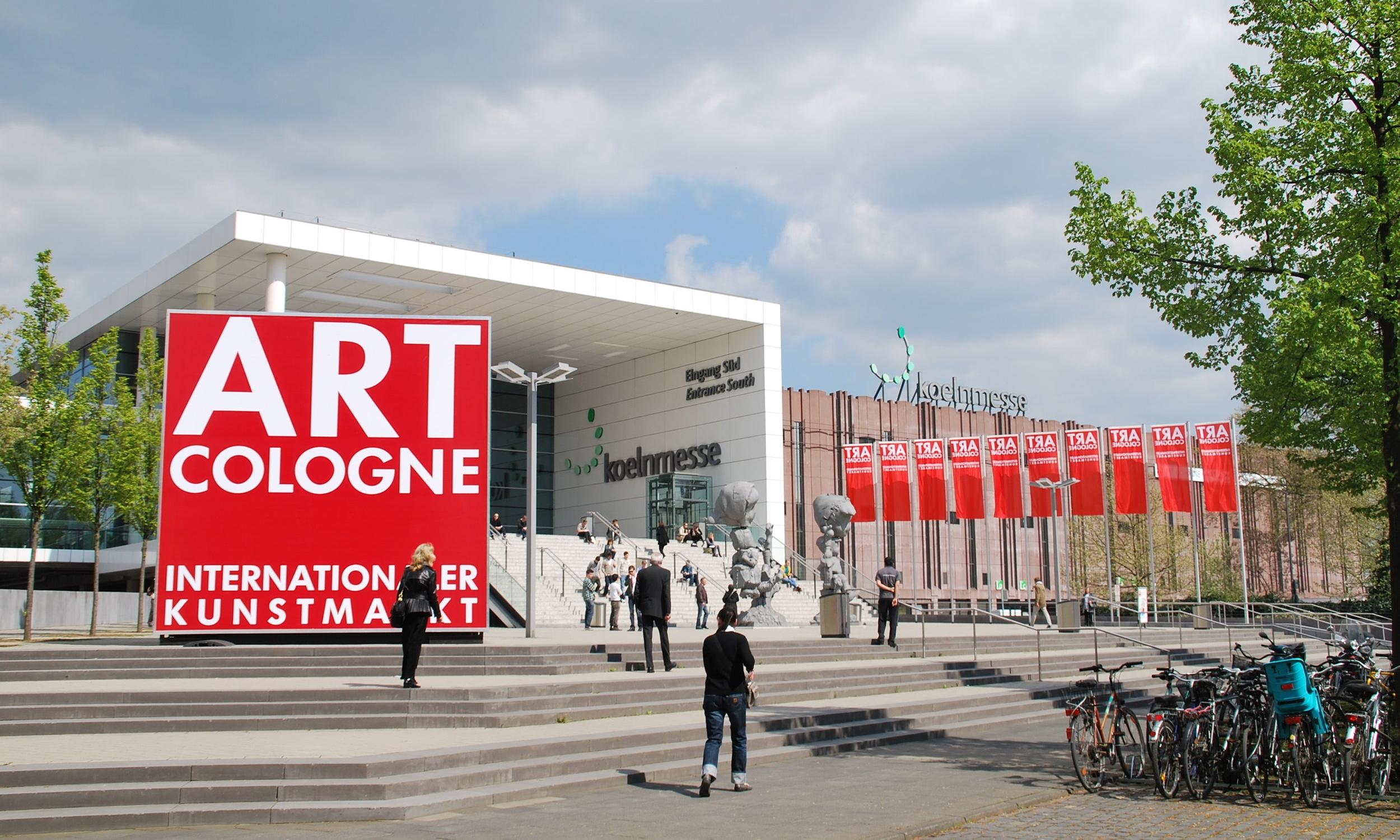2010-ArtCologne2011.jpg