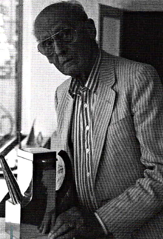 Sigurd Persson - Sigurd Persson showing his coffee pot in 1999 made of sterling silver with wooden handle of Padouk. The pot was later donated to the National Museum in Stockholm