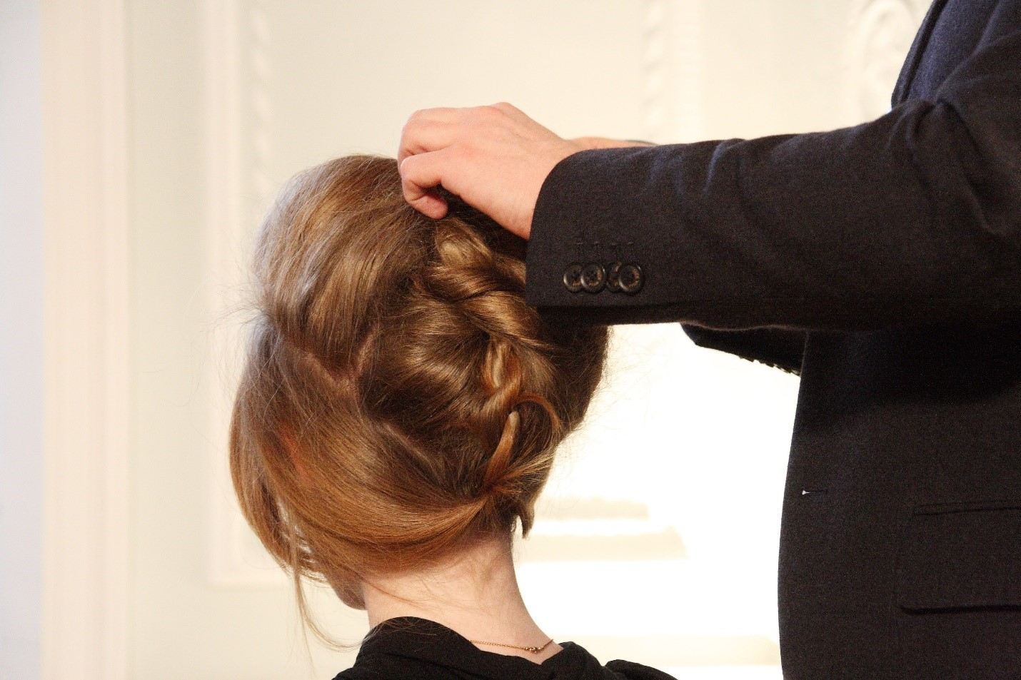 How to choose the right Hairstyle on your wedding day 2.jpg