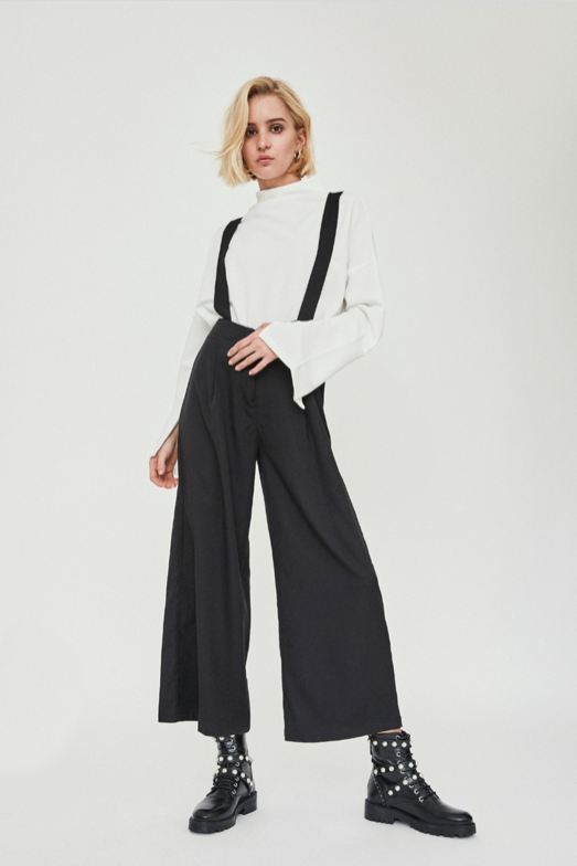 BLACK DUNGAREE CROPPED WIDE LEG TROUSERS