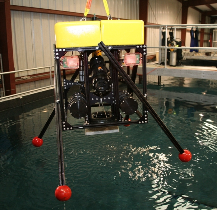 HBOI@FAU: Co-designed and built 1000m lander system. Deployed mid water and on seafloor.