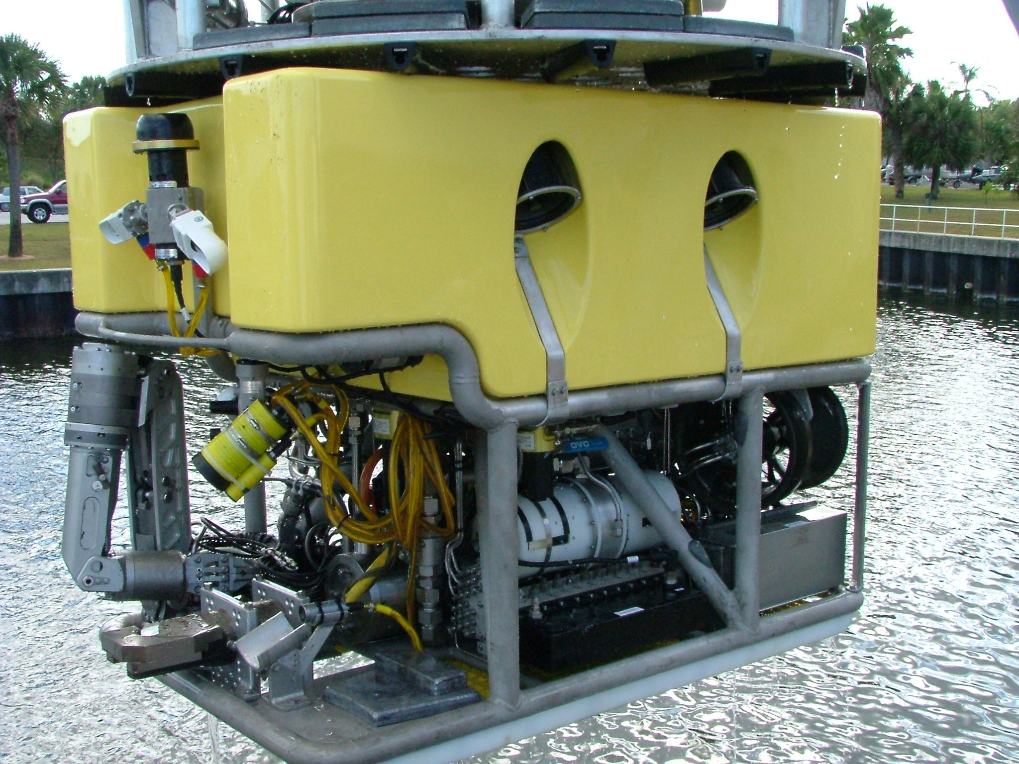 HBOI@FAU custom built ROV - Refurbished with new control and telemetry system.