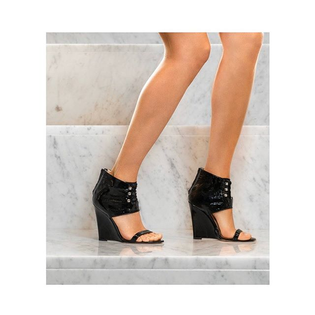 The JUNO 100 wedge in black patent suede / Available on @wolfandbadger @atterley @modalyst and in e-shop #fallseason #lampertimilano