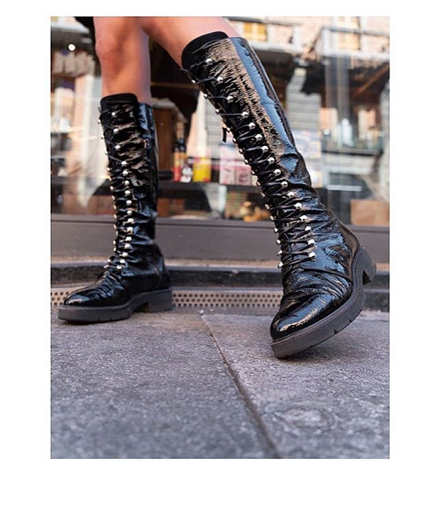 The AGATHON TALL BLACK is being restocked shortly in all sizes 🚨 Get notified about the release by leaving your email on the product page on lampertimilano.com / #combatboots #lampertimilano