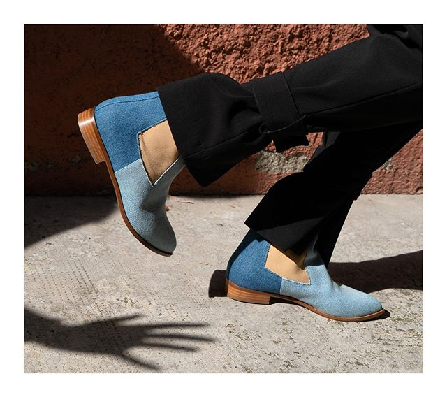 The coveted SINEQUANON denim Chelsea boots / Available in e-shop now #chelseaboots #lampertimilano