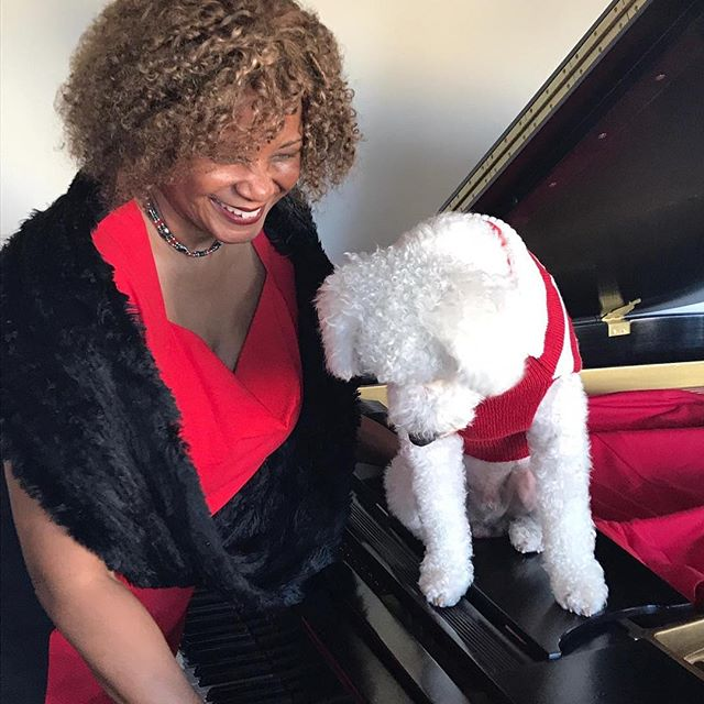 Check out Roscoe's note at the piano! #relaxation music#music therapy for dogs#music for dogs#music for kennels#music for dog sitters##music for dog walkers#bach for cats#Bach for dogs#classical music for pets#l