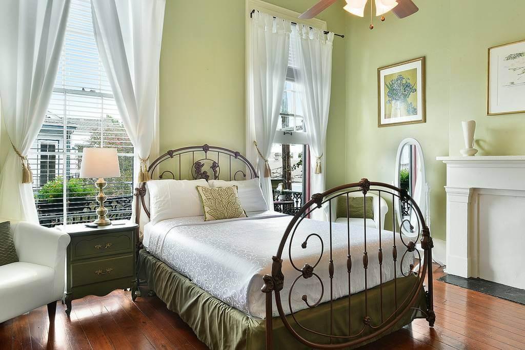 bedroom 8.jpg