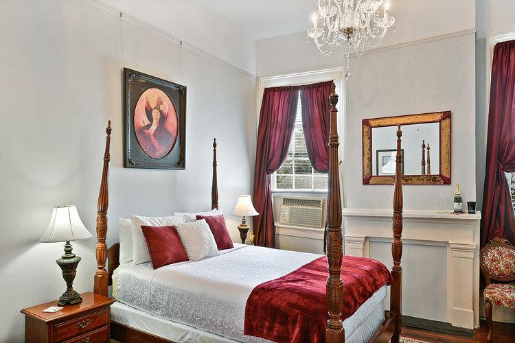 Royal+-+New+Orleans+Luxury+Rental.jpg