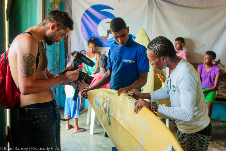 Cole Lowndes filming the Termales Surf Camp, Colombia