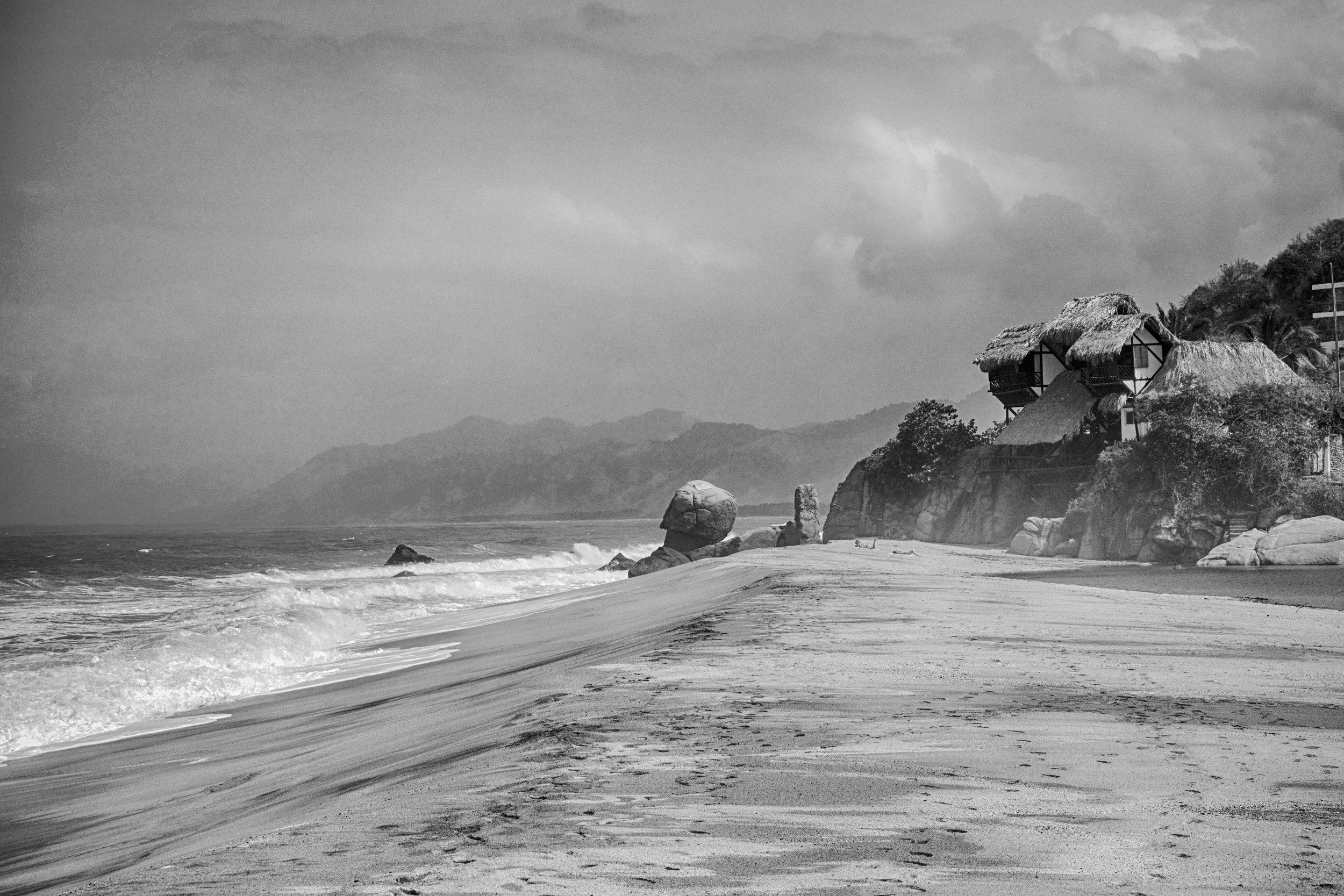 Los Naranjos beach, located on the edge of Tayrona National Park