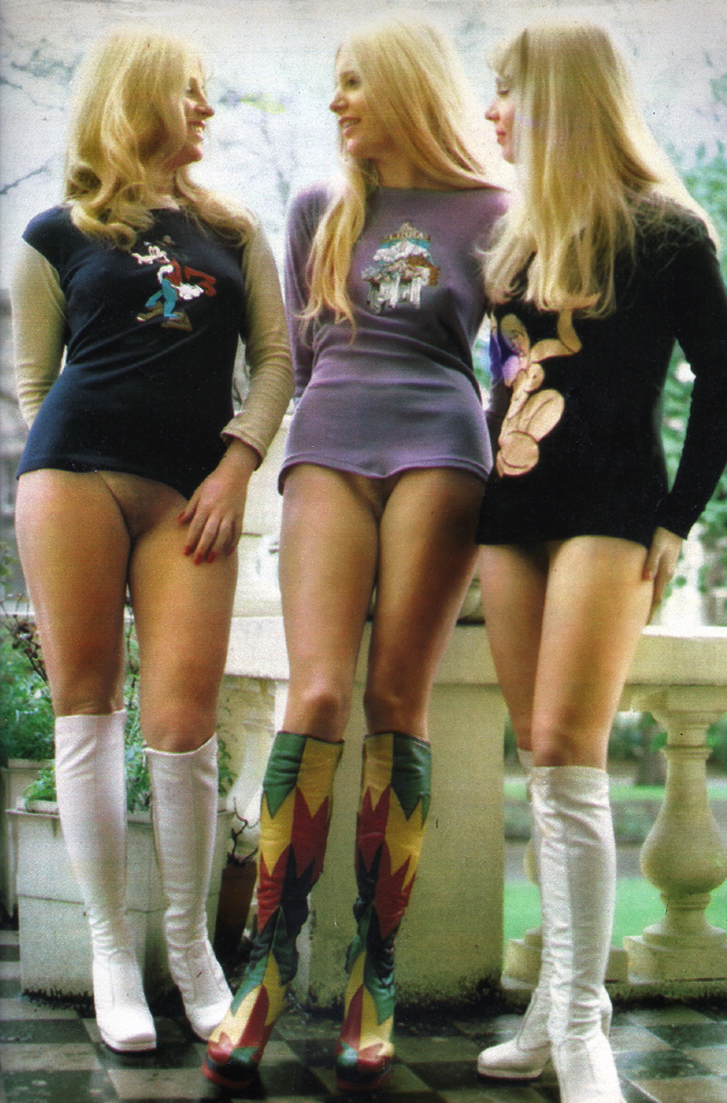 pantsless-with-knee-high-boots.jpg