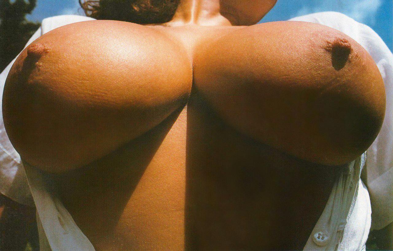 pov-upshot-boobs