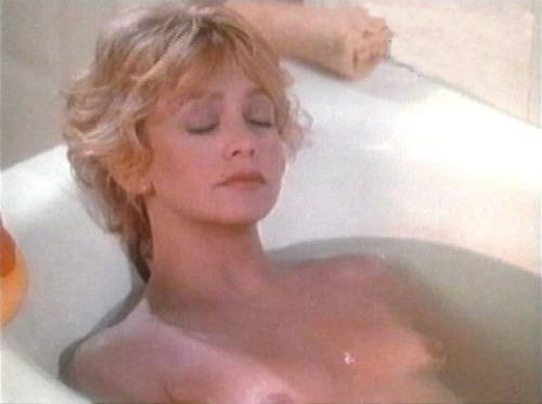Goldie Hawn nude  03.jpg