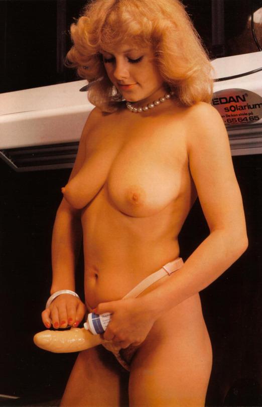 Vintage Strap-On sex 01.jpg