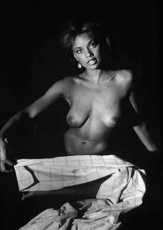 Vanessa Williams Nude 05.jpg