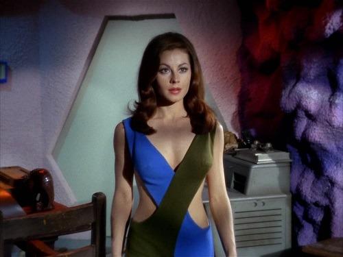 Sherry Jackson Andrea Star Trek 02.jpg
