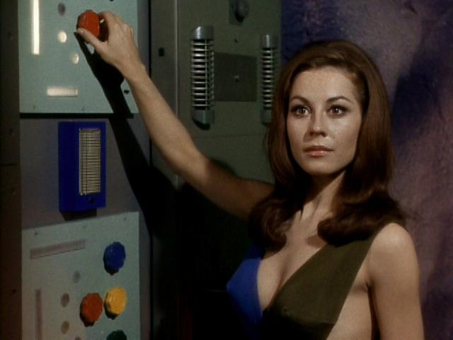 Sherry Jackson Andrea Star Trek 01.jpg