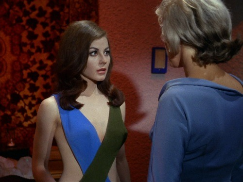 Sherry Jackson Andrea Star Trek 03.jpg