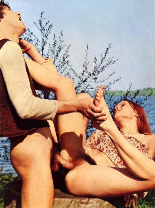 Outdoor Sex Hippie Porn 08.jpg