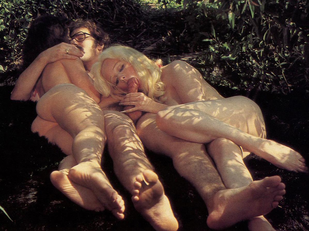 Outdoor Sex Hippie Porn 28.jpg