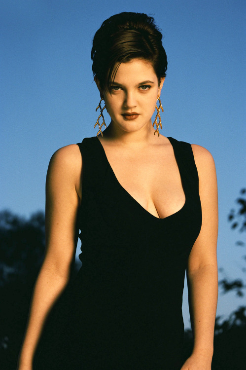 Drew Barrymore Nude 00.jpg