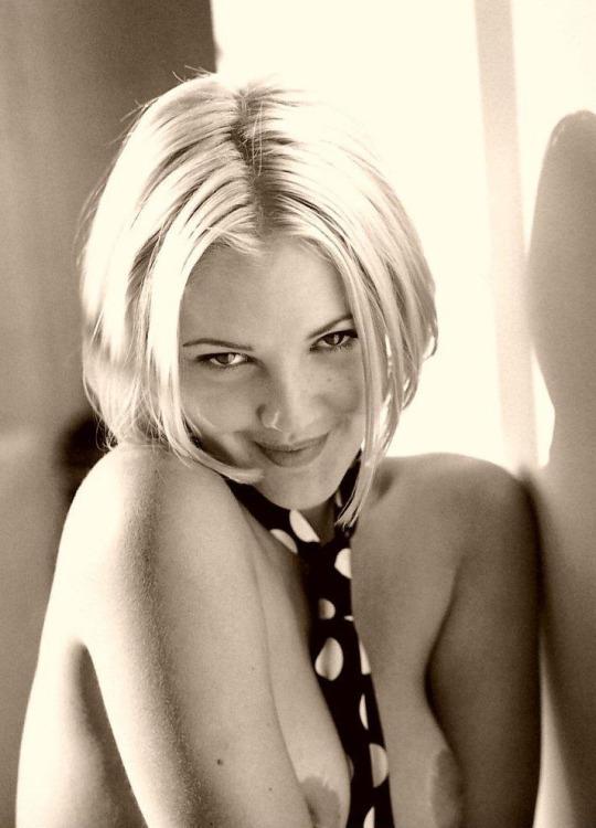Drew Barrymore Nude 11.jpg