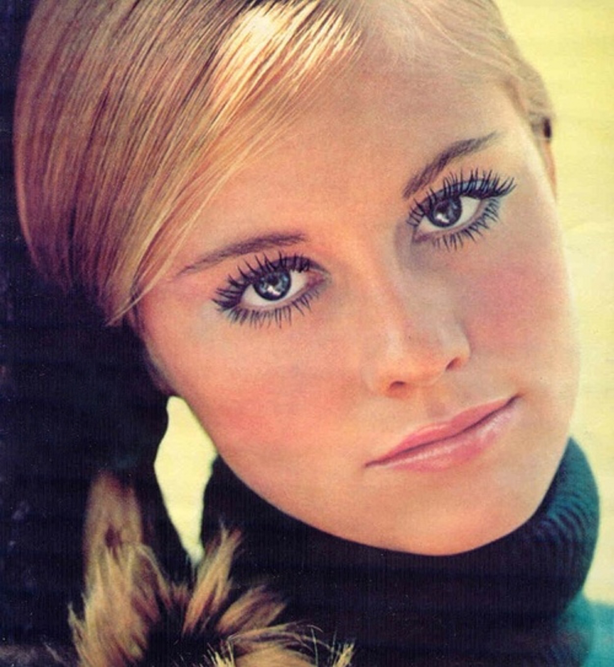 Cybill Shepherd for Revlon 1972.jpg