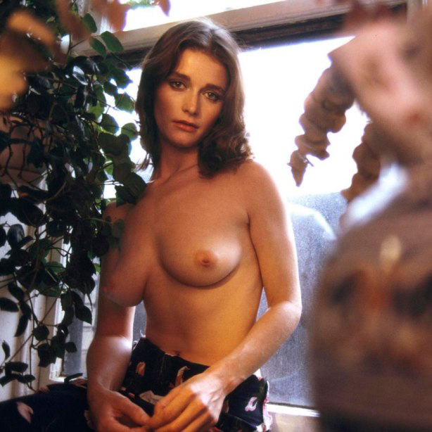 Margot Kidder Nude 13.jpg
