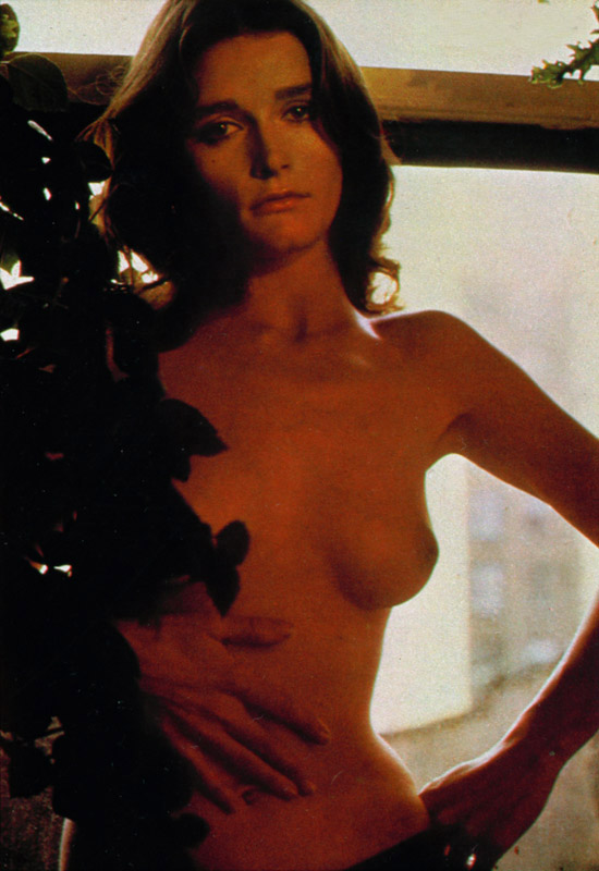 Margot Kidder Nude 03.jpg