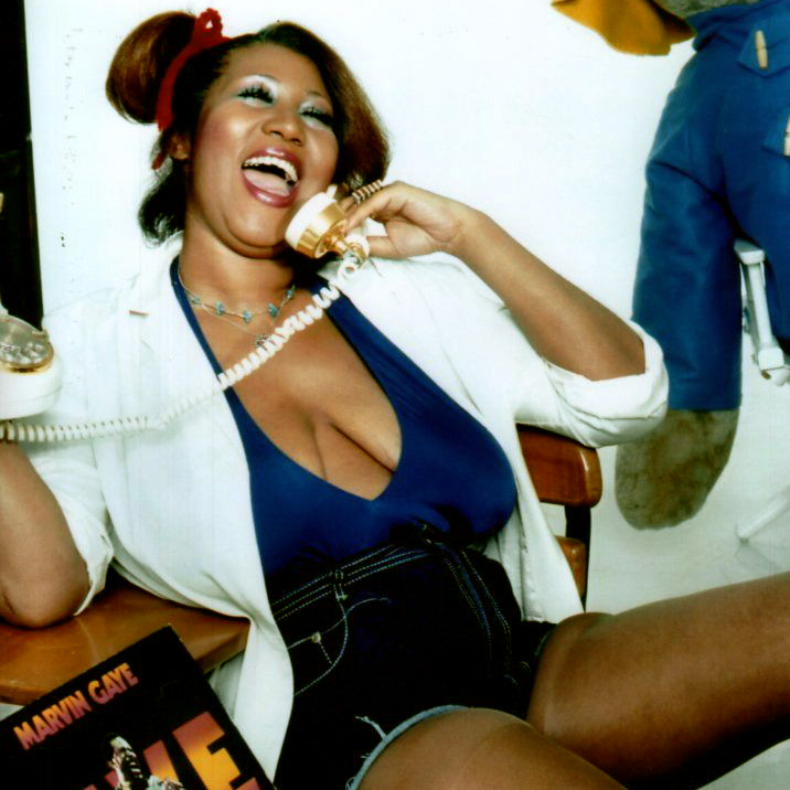 Aretha Franklin Cleavage.jpg