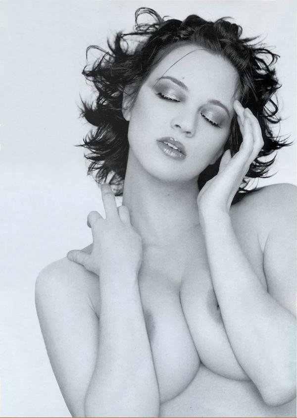 Asia Argento Nude 07.jpg