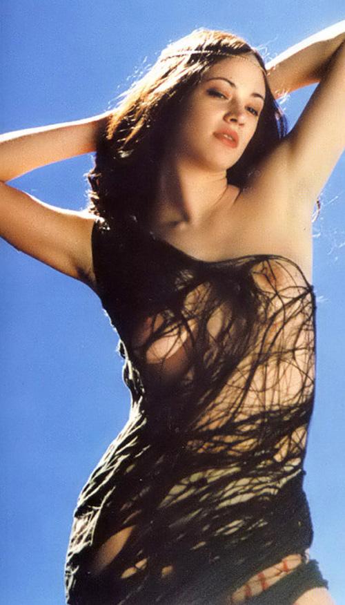 Asia Argento Nude 17.jpg
