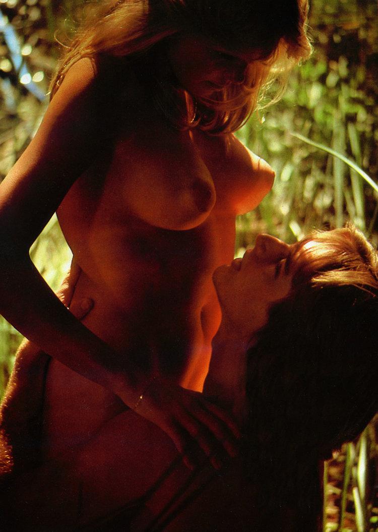 07+Sex-In-Summer-playboy-magazine-japan-1979.jpg