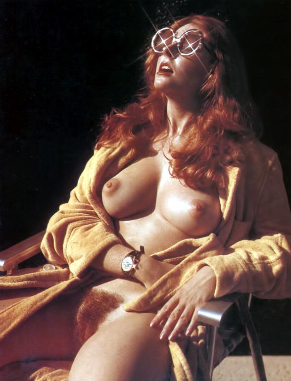 Elvira Nude 02.jpg