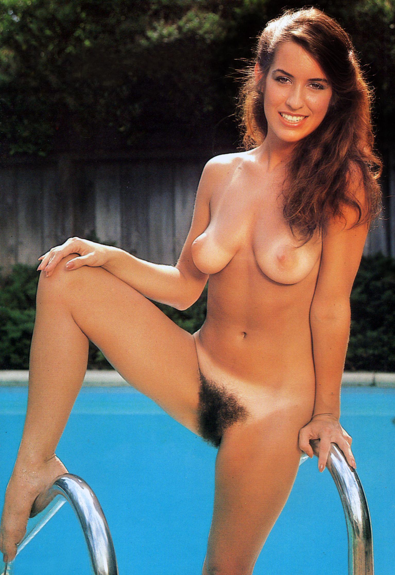 Pornstar Tina Ross aka Lauren Wilde 02.jpg