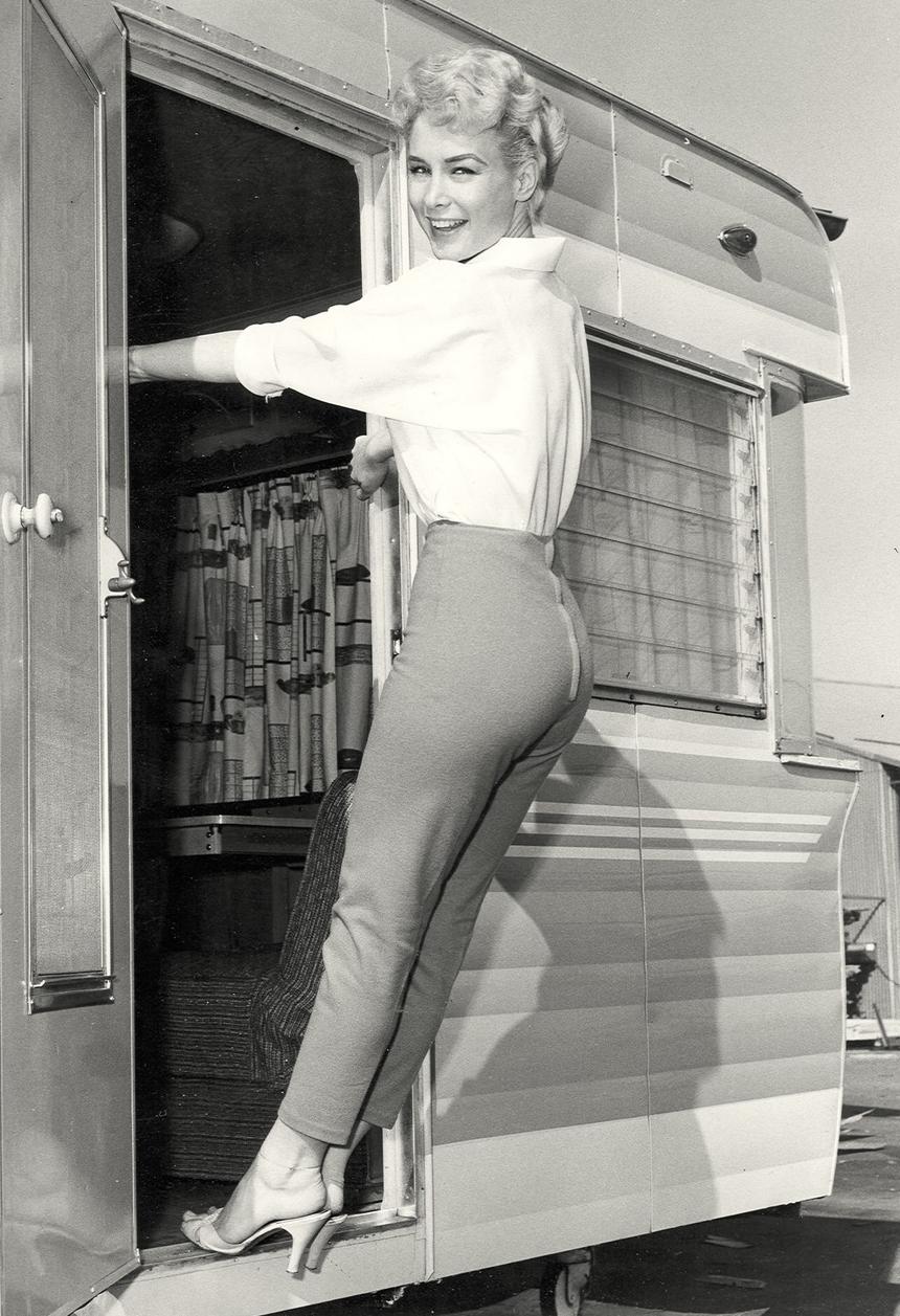 Barbara Eden 20.jpg