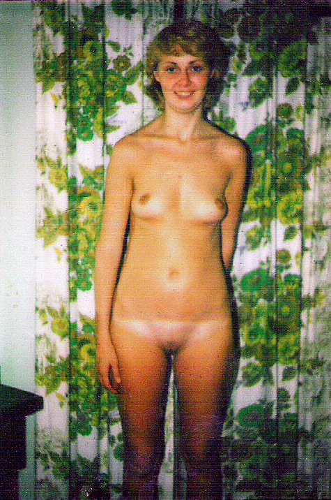 Amateur Wife Charlotte age 23.jpg