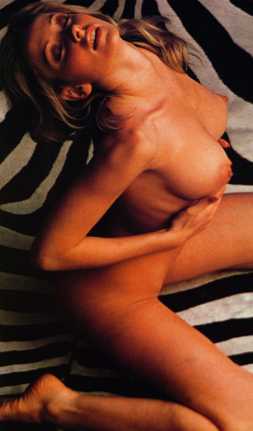 Cyndi Wood Playboy Playmate Of The Year 1974 10 .jpg