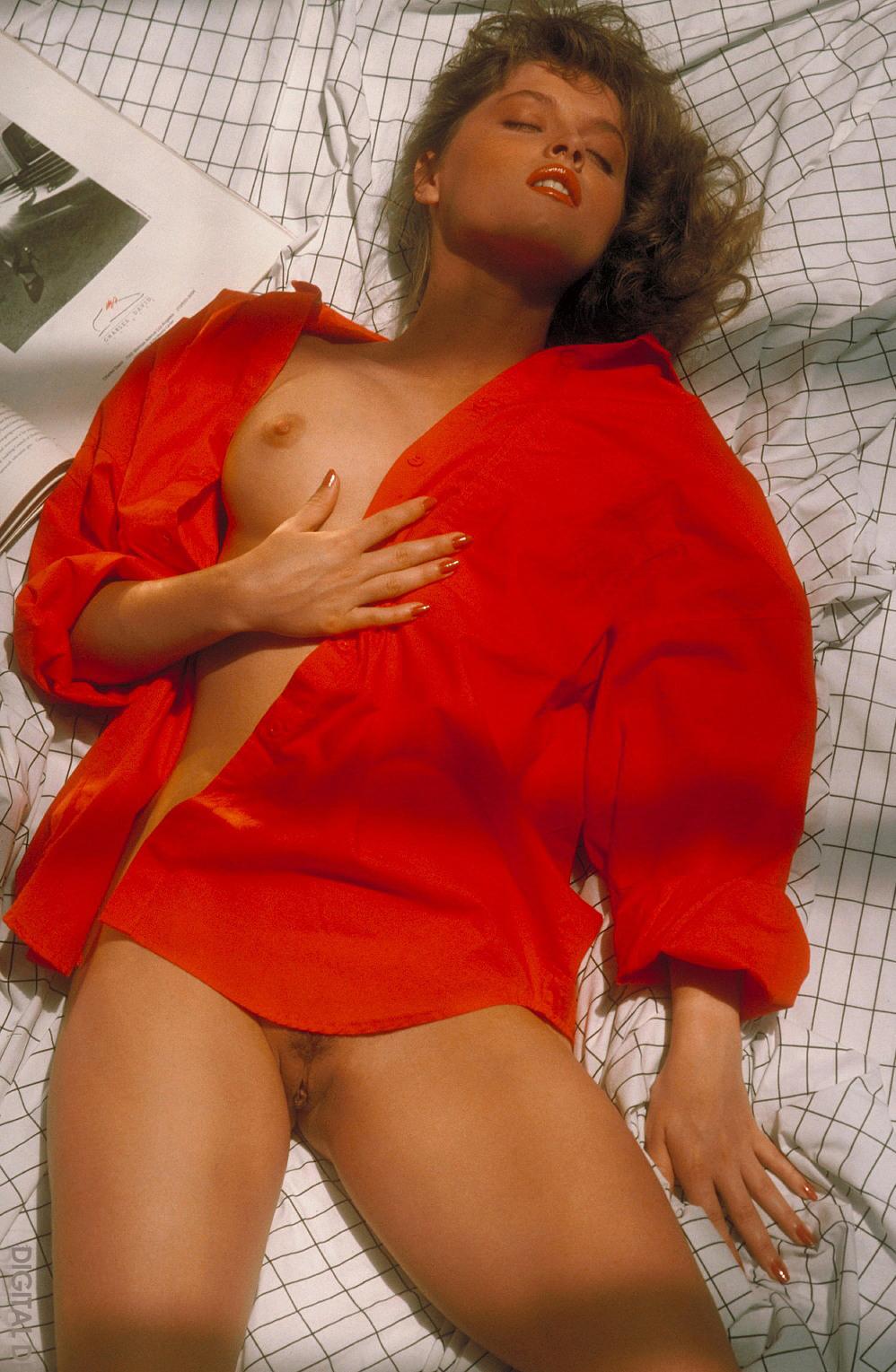 90s Porn star Lori Michaels 26.jpg