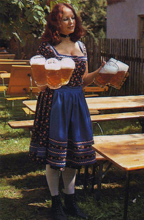 Barmaid in Dirndl Dress at Oktoberfest Pleasure Magazine No. 42 0004.jpg