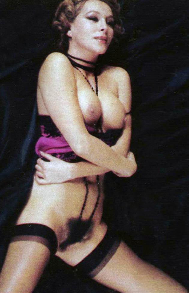 Nieves Navarro García naked.jpg