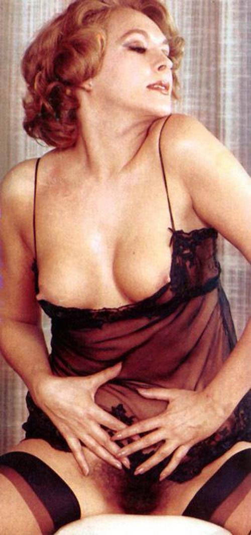 Nieves Navarro García nude.jpg
