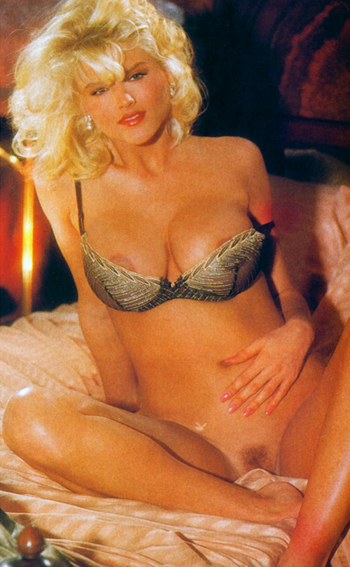 Anna Nicole Smith 04 Playboy 1992.jpg