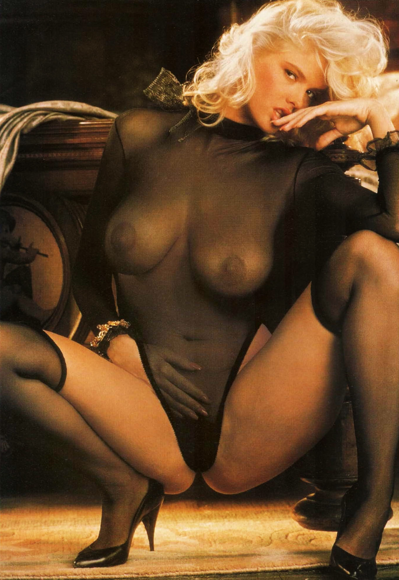 Anna Nicole Smith 06 Playboy 1992.jpg