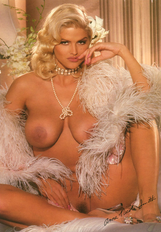 Anna Nicole Smith 09 Playboy 1993.jpg