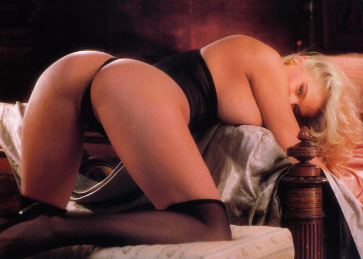 Anna Nicole Smith 14 Playboy 1992.jpg