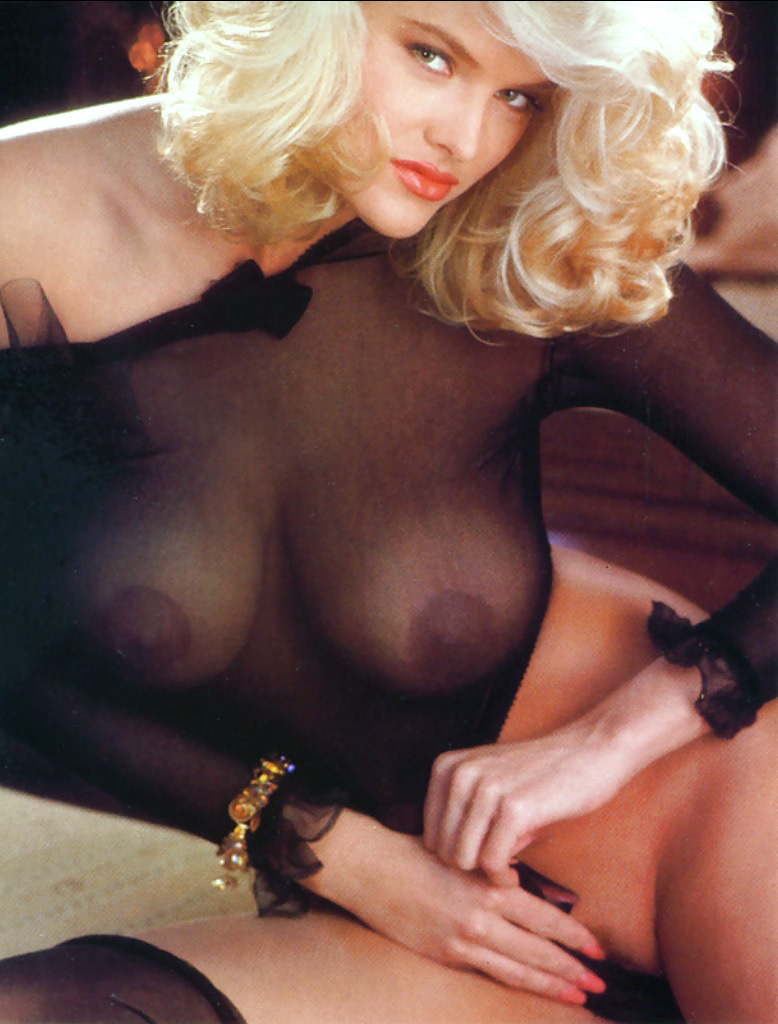 Anna Nicole Smith 17 Playboy 1992.jpg